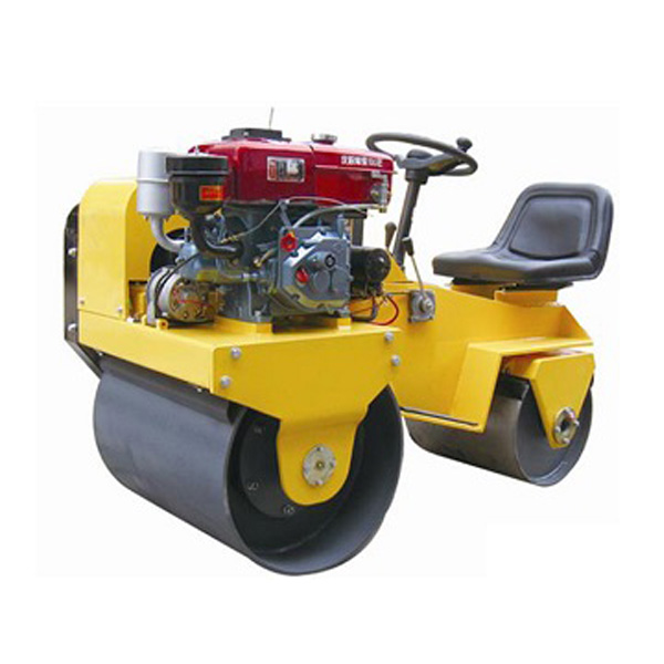 FLY-850S Water-Cooled  Ride On Double Drum Tandem Vibration Compactor Roller