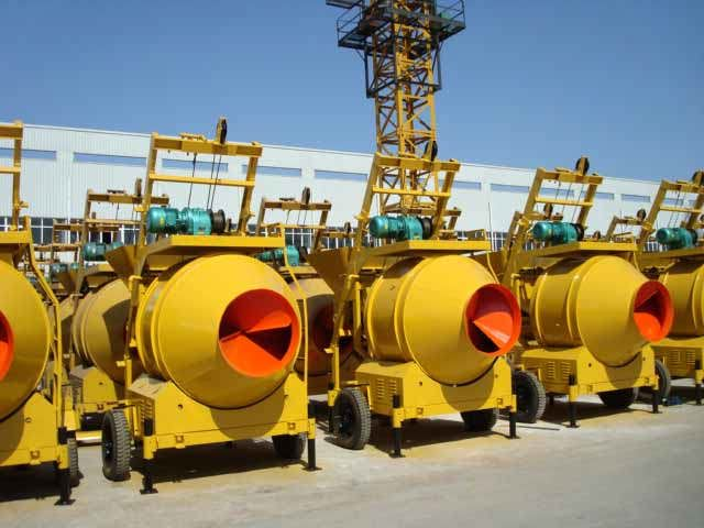 How to maintain small concrete mixer
